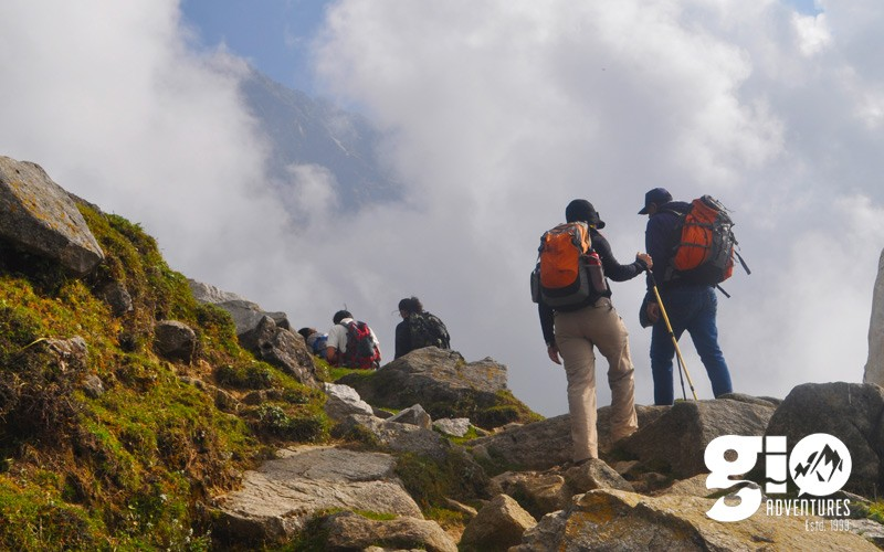 public/images/products/19-2nd-day-trek-start-from-triund-to-lakagot.jpg