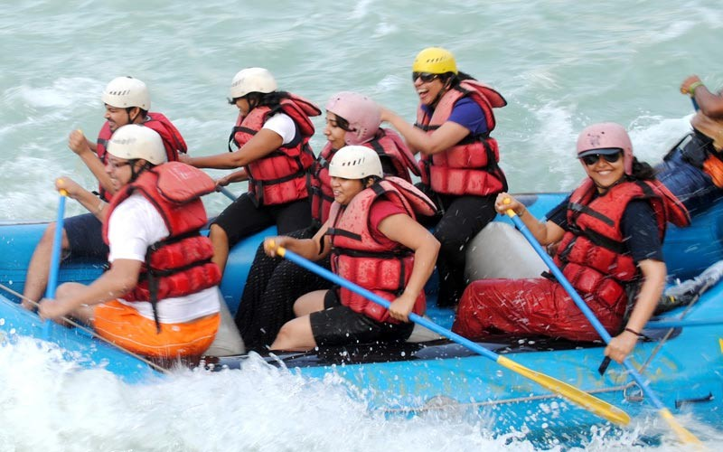 public/images/products/alaknanda-rafting.jpg
