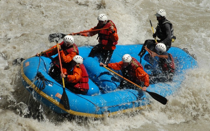 public/images/products/rafting4.jpg